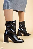 Ботинки женские черные кожаные лаковые на удобном каблуке, фото 1