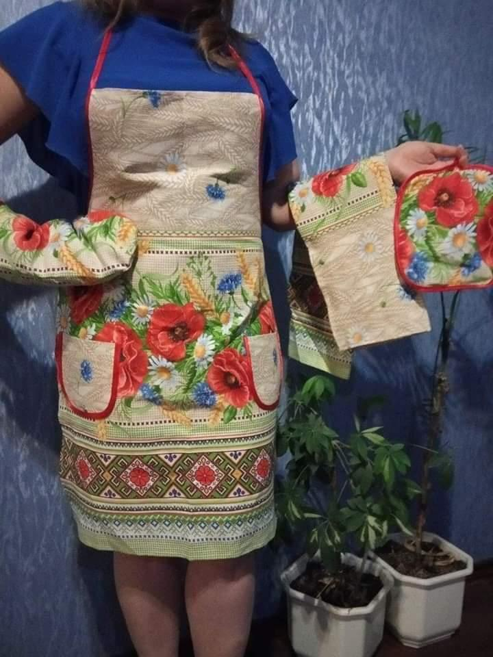 Набор фартук,прихватка,полотенце,рукавичка