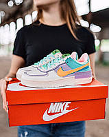 Кроссы Nike Air Force женские белые с разноцветными вставками. Кроссовки женские Найк Аир Форс демисезонные