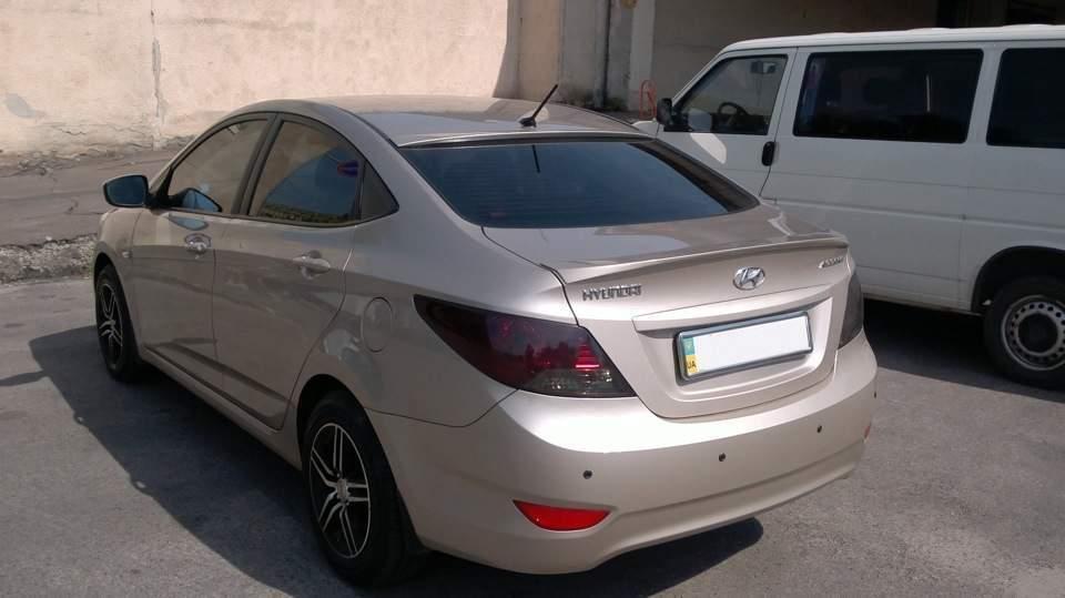 Спойлер лип багажника Hyundai Accent 2011-2015 ABS пластик под покраску