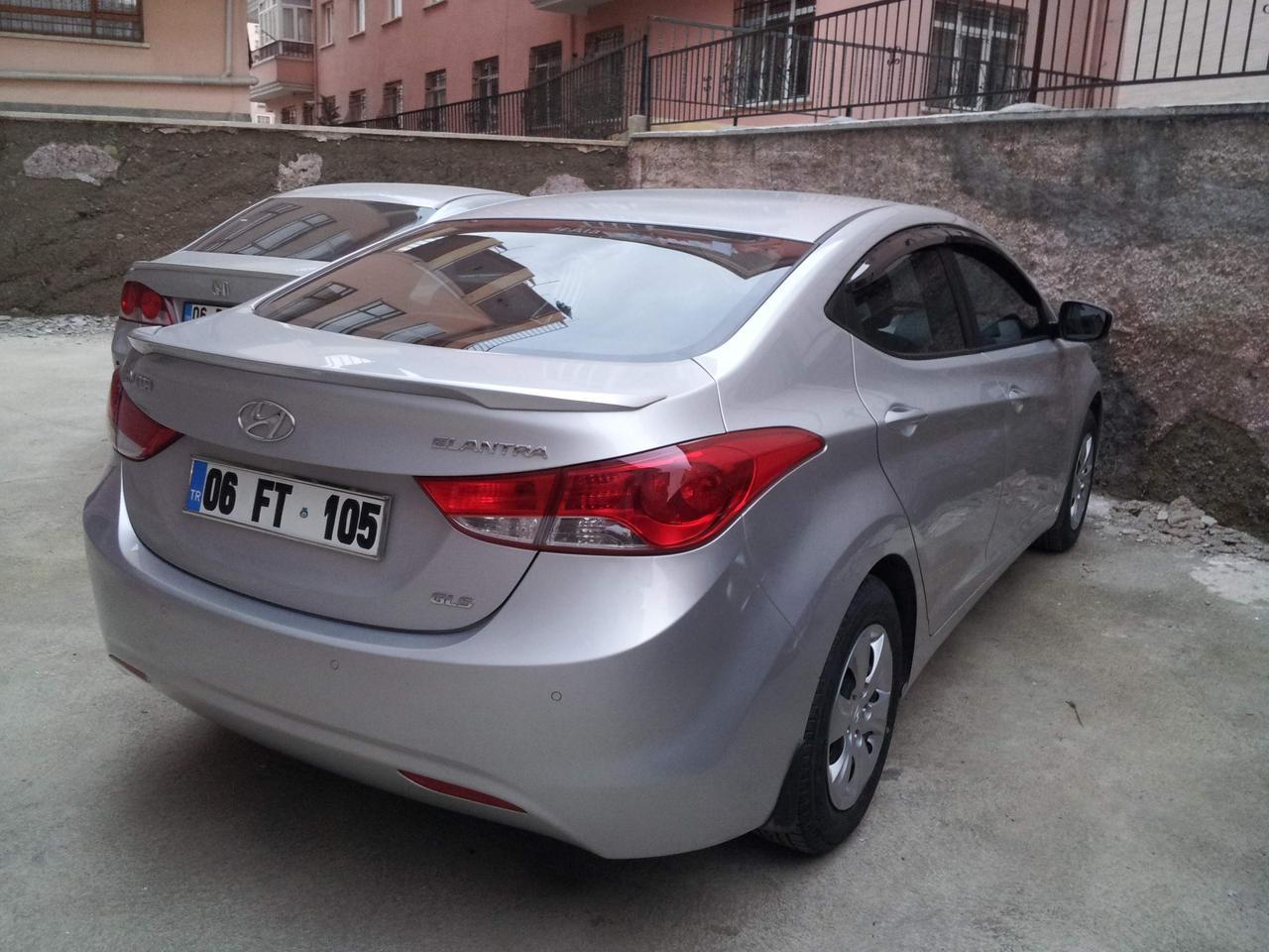 Спойлер лип на багажник Hyundai Elantra MD 2010-2015 ABS пластик під фарбування