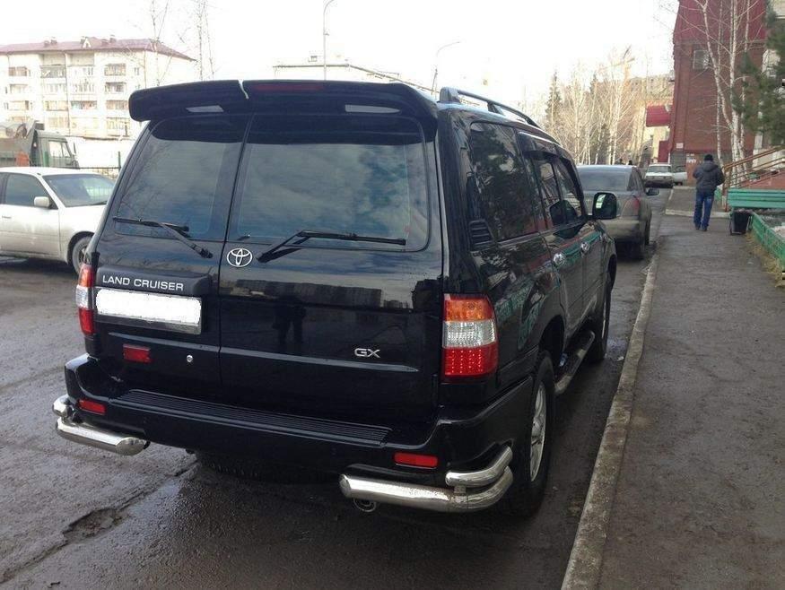Спойлер козирок Toyota Land Cruiser 105 1998-2007 сорочечка 2 двері (ABS під фарбування)