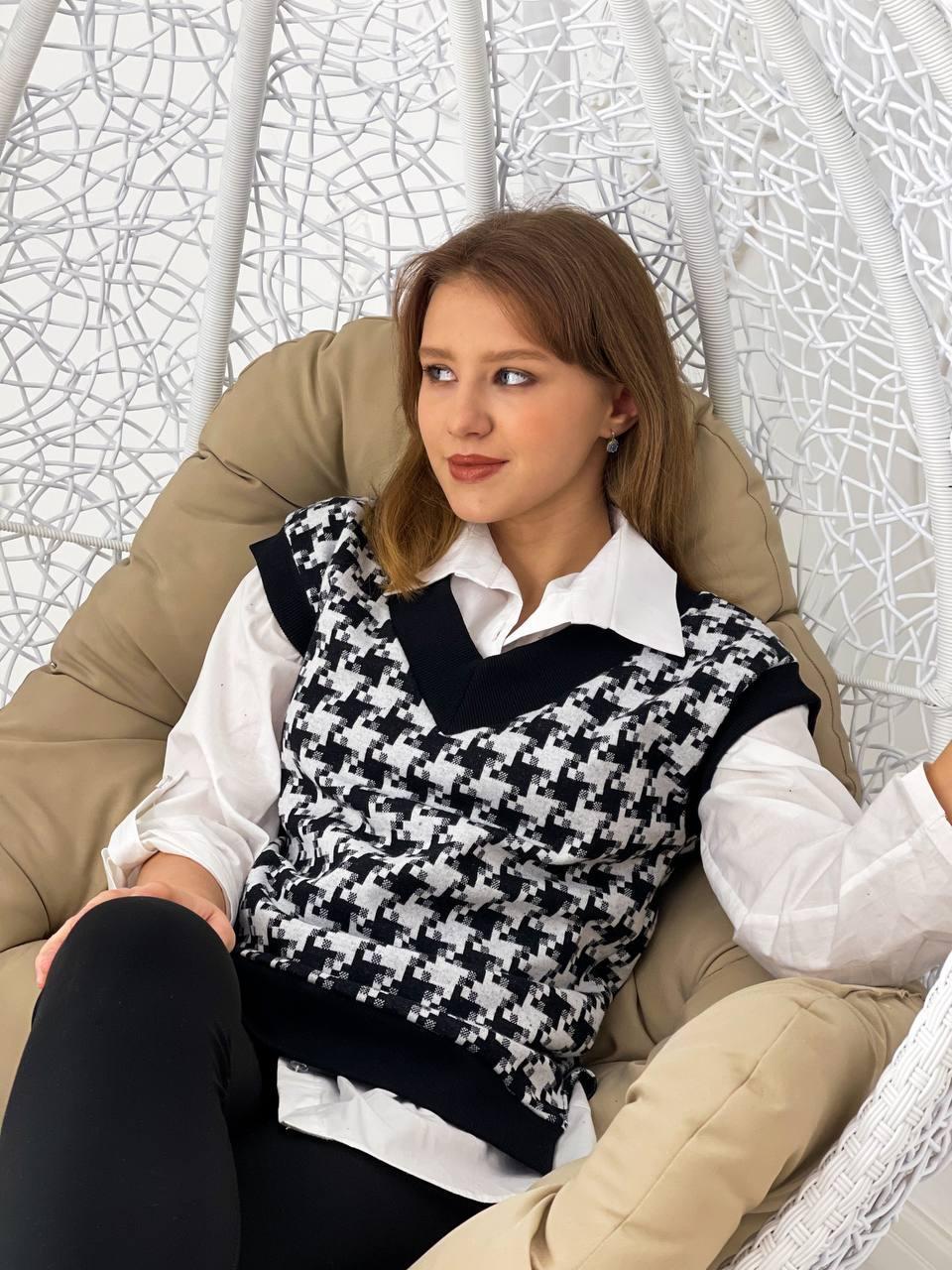Женский жилет влю737