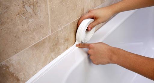Бордюрна стрічка для ванн і раковин 3,2 м х 3.8 мм аа11