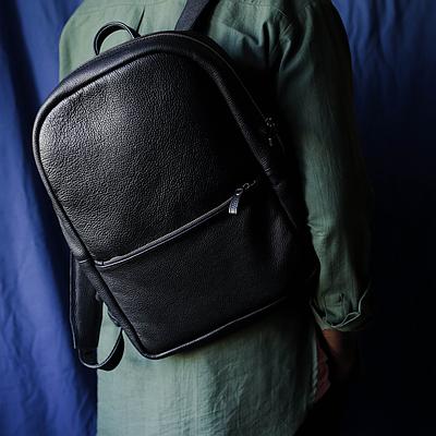 Чоловічий рюкзак з натуральної шкіри чорного кольору. Чоловічій шкіряний рюкзак. Чоловічий рюкзак