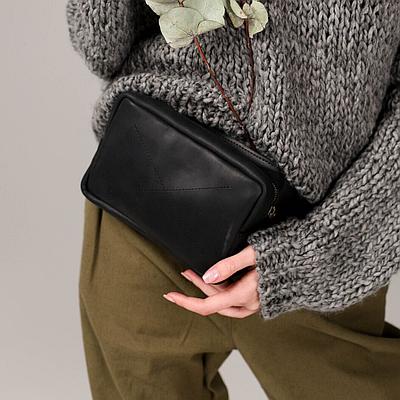 Женская кожаная сумка на пояс черного цвета. Женская сумка из натуральной кожи. Жіноча сумка на пояс