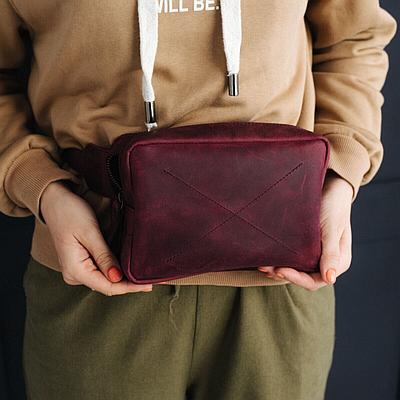 Женская кожаная сумка на пояс бордового цвета. Женская сумка из натуральной кожи. Жіноча сумка на пояс