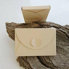 Подарунковий конверт-коробочка 60х90х8 мм з кольорового дизайнерського картону Бежевий