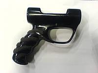 Нанесение противоскользящего покрытия на рукоятку подводного ружья