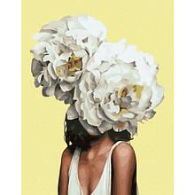 Женщина в пионах (PGX36696).Картина по номерам на цветном холсте 40×50 см.