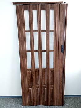 Двері гармошкою полуостекленные 1020х2030х12мм дуб темний 7036