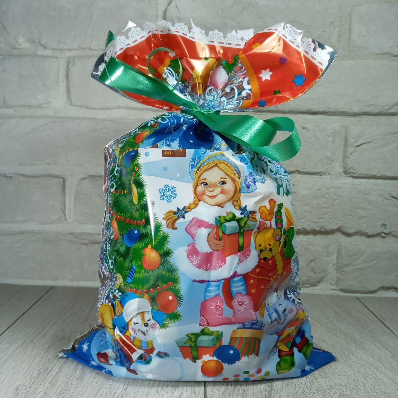 Новогодняя подарочная упаковка для конфет 25см 40см Снегурочка с подарком (100 шт)