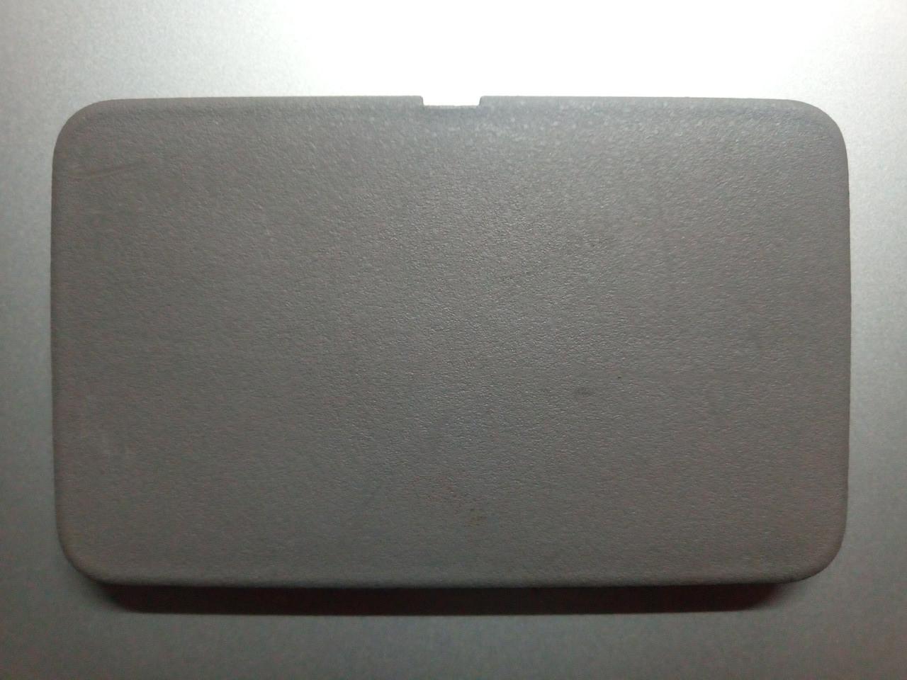 Накладка багажника левая нижняя пластик MR951973 994400 Grandis Mitsubishi