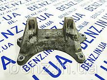 Кронштейн опори АКПП Mercedes C207/W204/W212/W906 A2112420340