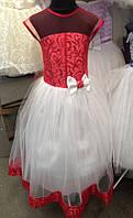Нарядное платье для маленьких принцесс украшенное бантом