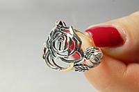 Оригинальное серебряное кольцо с золотом