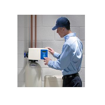 Сервисное обслуживание бытового фильтра с питьевым фильтром