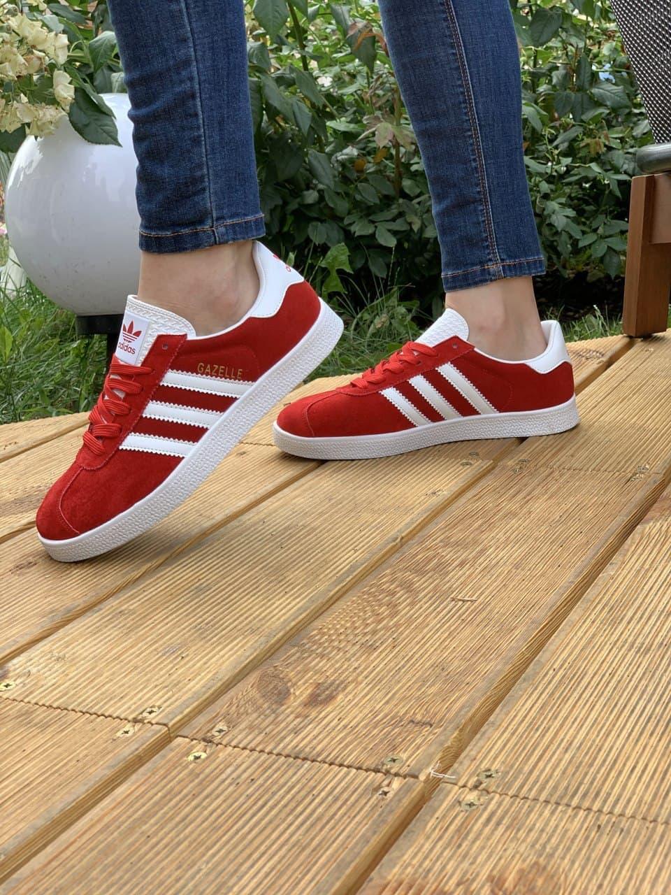 Жіночі Кросівки Adidas Gazelle red