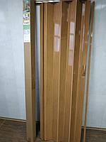 Дверь гармошка межкомнатная раздвижная глухая из ПВХ 810*2030*6 мм Ольха №5