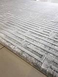 Сірий сучасний килим з геометричним малюнком, фото 3
