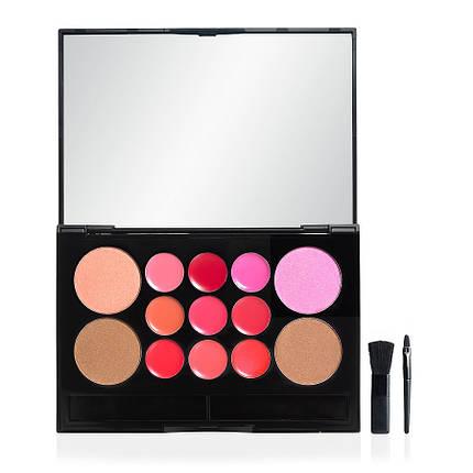 Палитра блесков, румян и бронзеров e.l.f. Essential 13 Piece Face & Lip Palette, фото 2