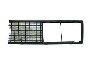 Решітка радіатора ВАЗ 2106 чорна Автодеталь