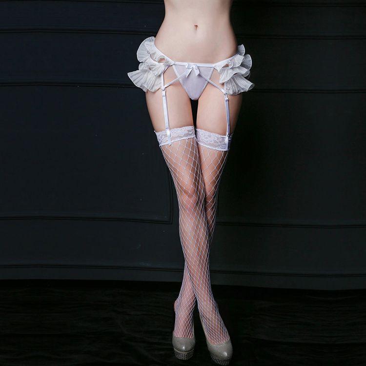 Ніжний еротичний комплект з поясом для панчіх