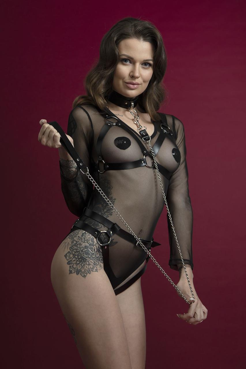 Поводок Feral Feelings - Chain Leash черный, металлическая цепь с кожаной петлей и карабином