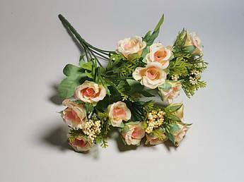 Искусственные цветы. Букет мелких роз, нежно-персиковый.