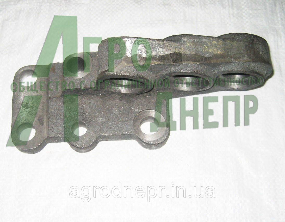 Кронштейн крепления гидроцилиндра поворота на трактро МТЗ-82 Ф82-2301021, фото 1