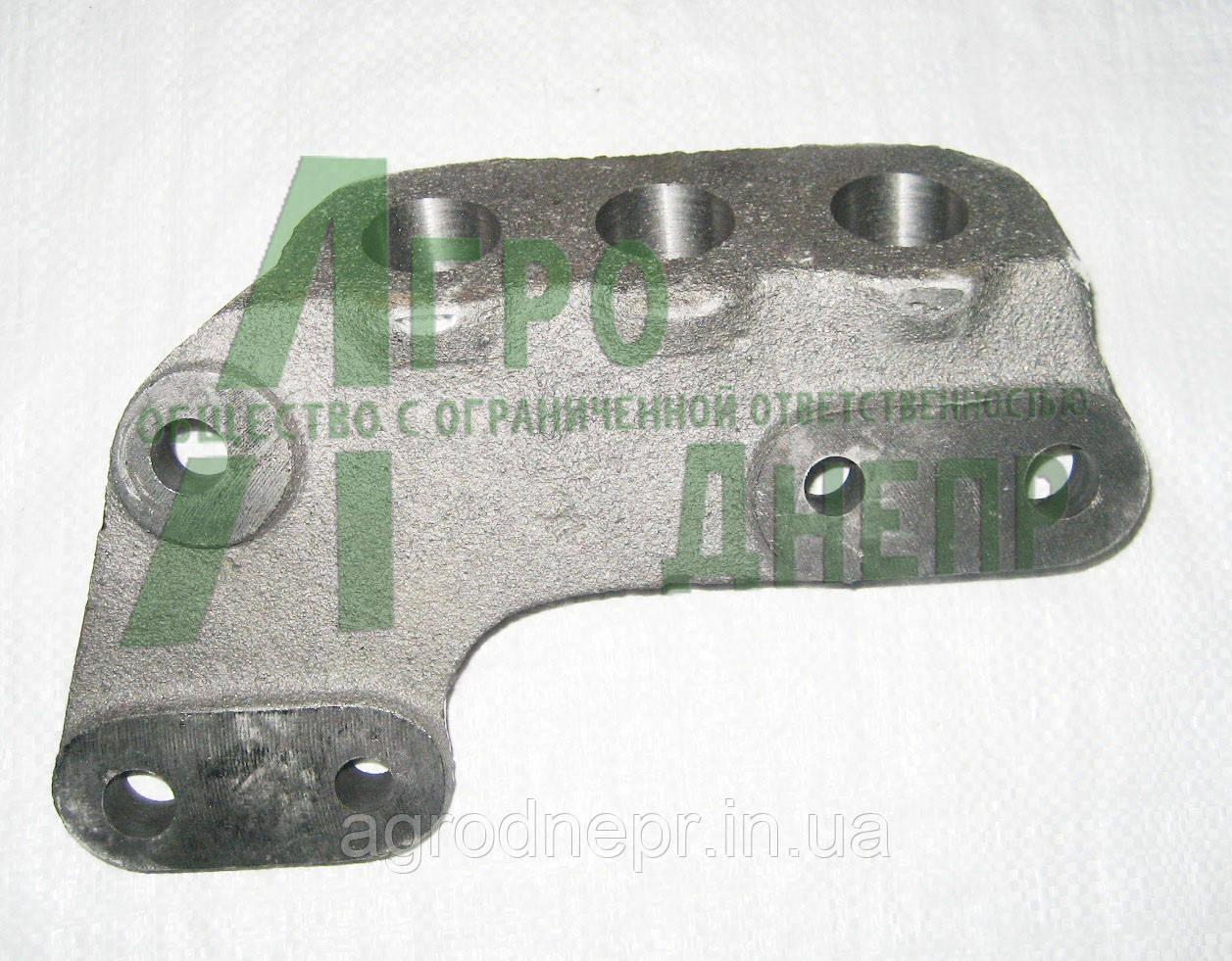 Кронштейн гидроцилиндра поворота Ц-50 на трактор МТЗ-82 102-2301023-01