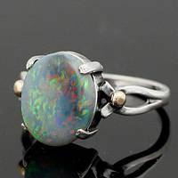 Серебряное кольцо с перламутровым голубым опалом от WickerRing