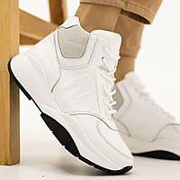 Женские ботинки кожаные зимние белого цвета