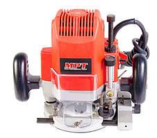 Фрезерная машина PROFI 1800 Вт, 23000 об/мин, цанга 6-12 мм, ход фрезы 65 мм, аксесс. 9 шт MPT MRU1205