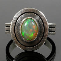 Серебряное дизайнерское кольцо с опалом от WickerRing