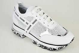 Кросівки літні перфоровані Evromoda 4418 Білі