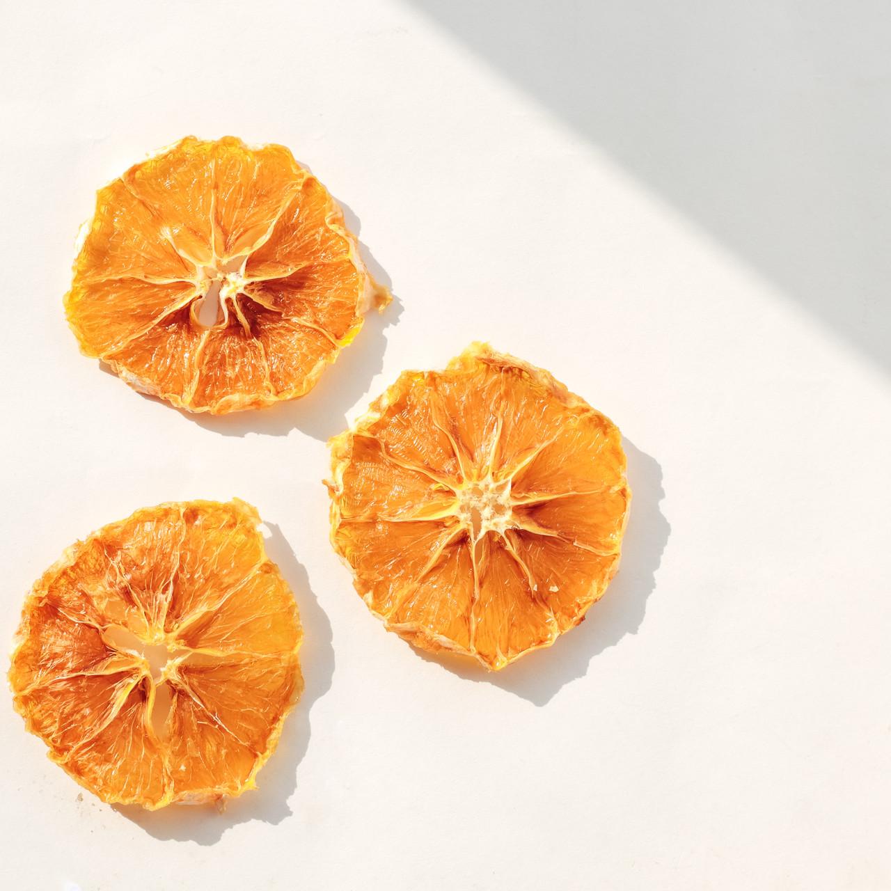 Фруктові чіпси з апельсин
