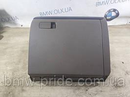 Бардачок Volkswagen Jetta 2.0 2011 (б/у)