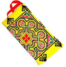 9040161 Кошелек - косметичка тряпичный с ручной вышивкой