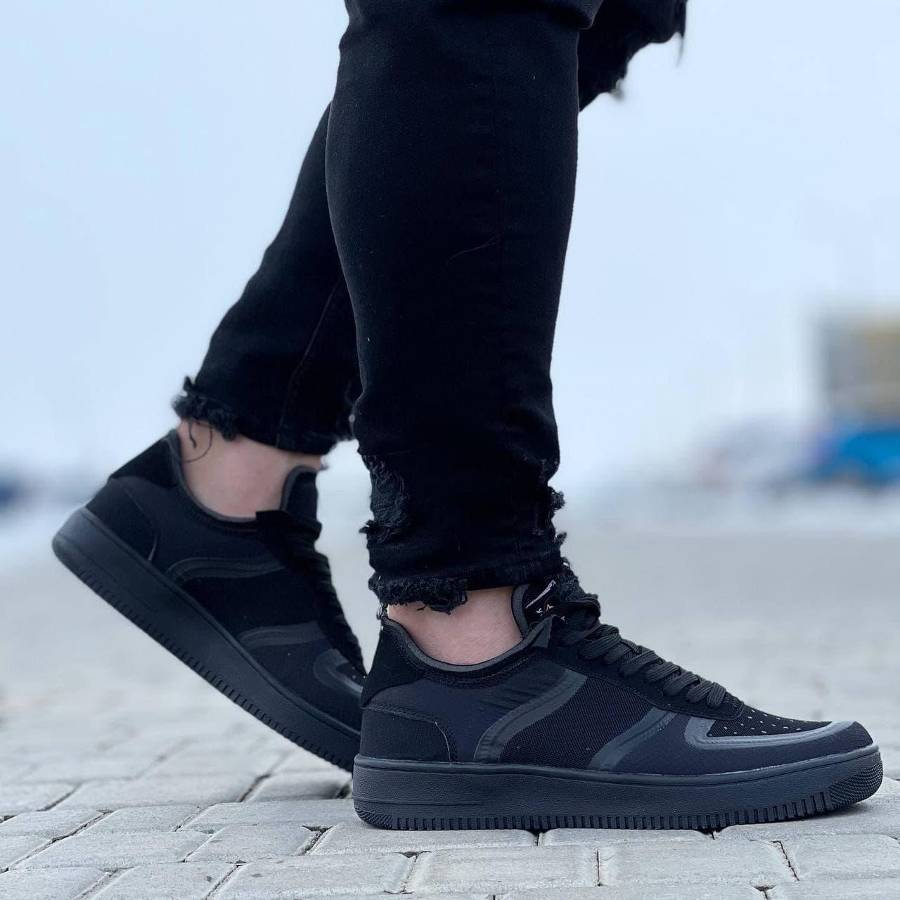 Мужские кроссовки  41-45 черные в полоску осень   весна 078