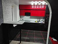 Кухня черно-красная пленка с барной стойкой 7 м.п.