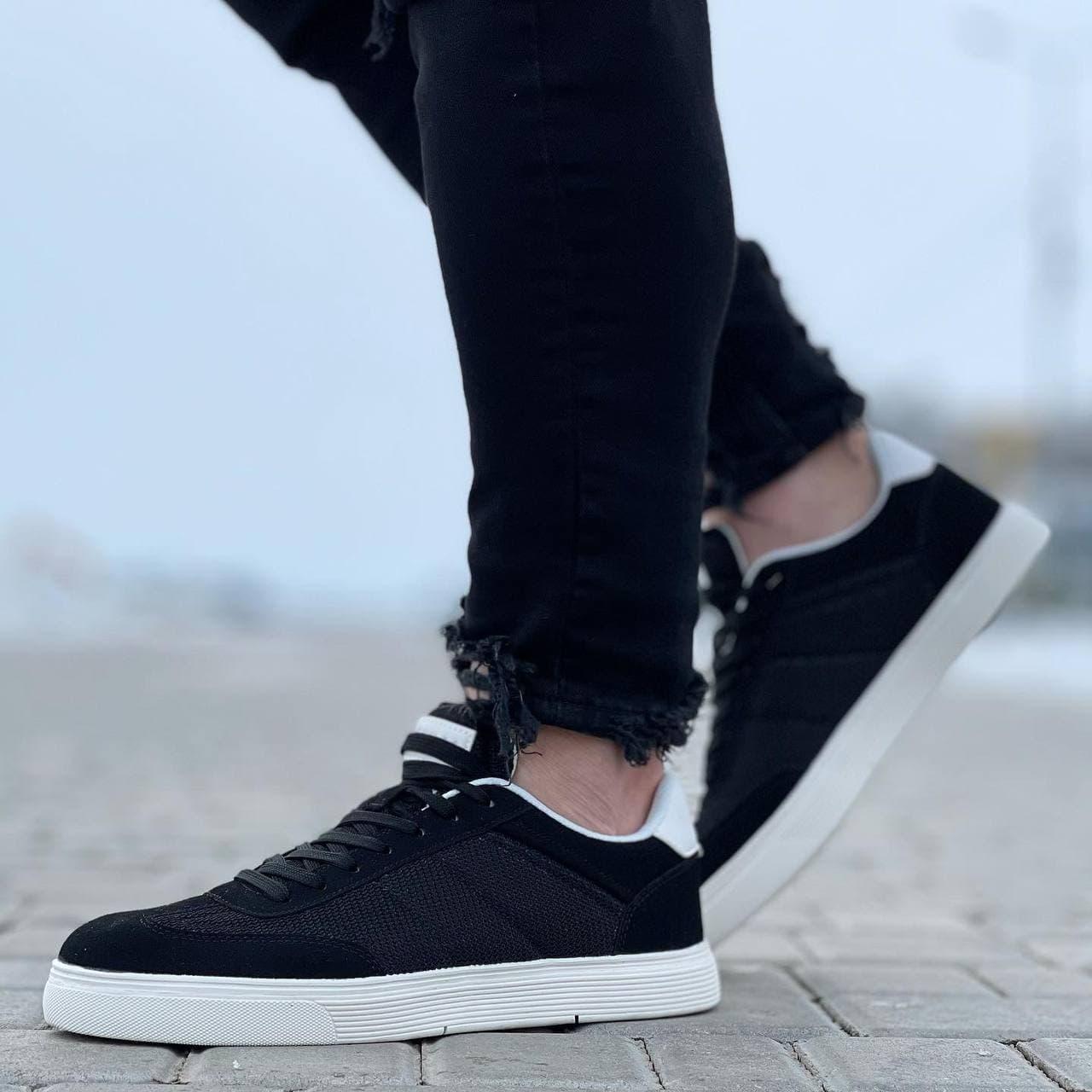 Мужские кроссовки  41-45 черные в белую подошву осень | весна 079
