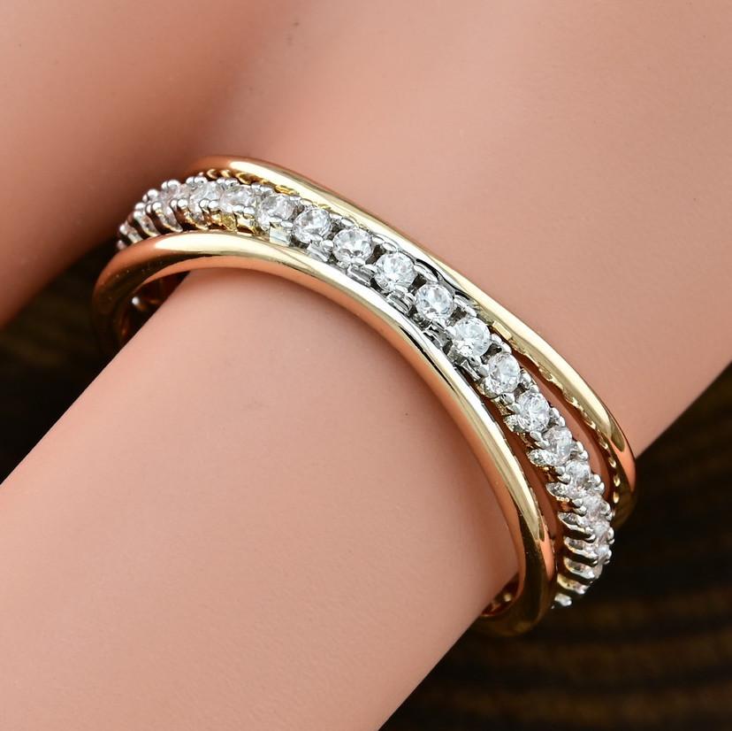 Кольцо Xuping 14806 размер 19 ширина 6 мм вес 2.2 г белые фианиты позолота с родированием 18К