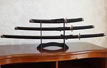 Набір з трьох самурайських мечів на підставці №2