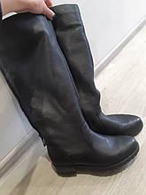 Женские зимние сапоги Б/У натуральная кожа, натуральный мех Германия (европейка) - 38 размер - стелька 24,5см
