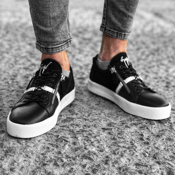 Черные мужские кроссовки к джинсам