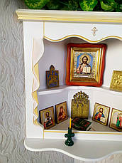 Белая угловая полка под иконы из дерева от производителя 65х23х60, белая эмаль + патина под золото, фото 3
