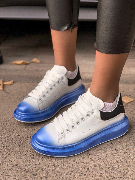 Женские кроссовки Alexander McQueen white/ blue