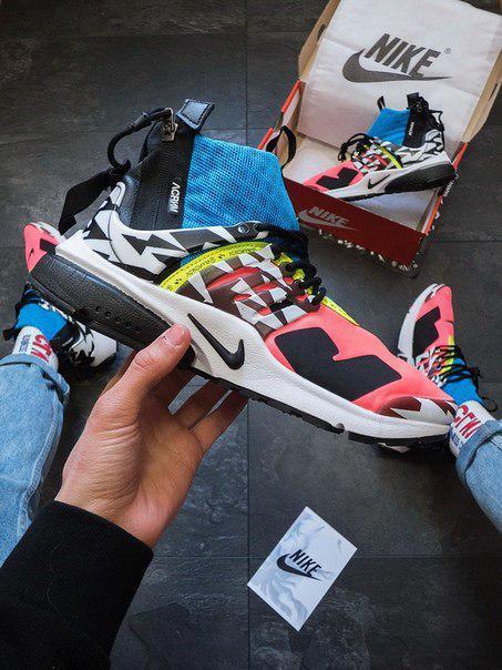 Нейлонові чоловічі кросівки Nike