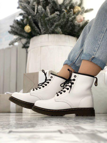 Женские белые ботинки Dr. Martens 1460 White Fur